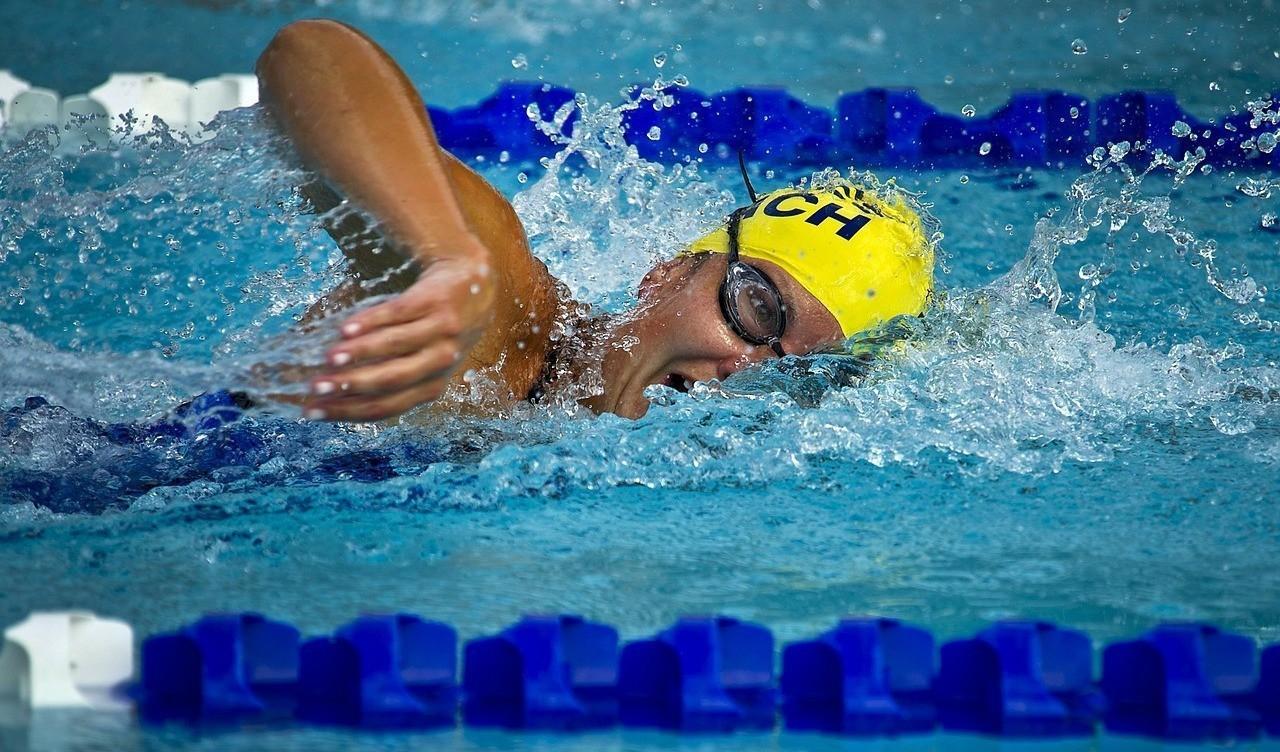 Zwemstage in olympisch zwembad te Lloret de Mar-Spanje